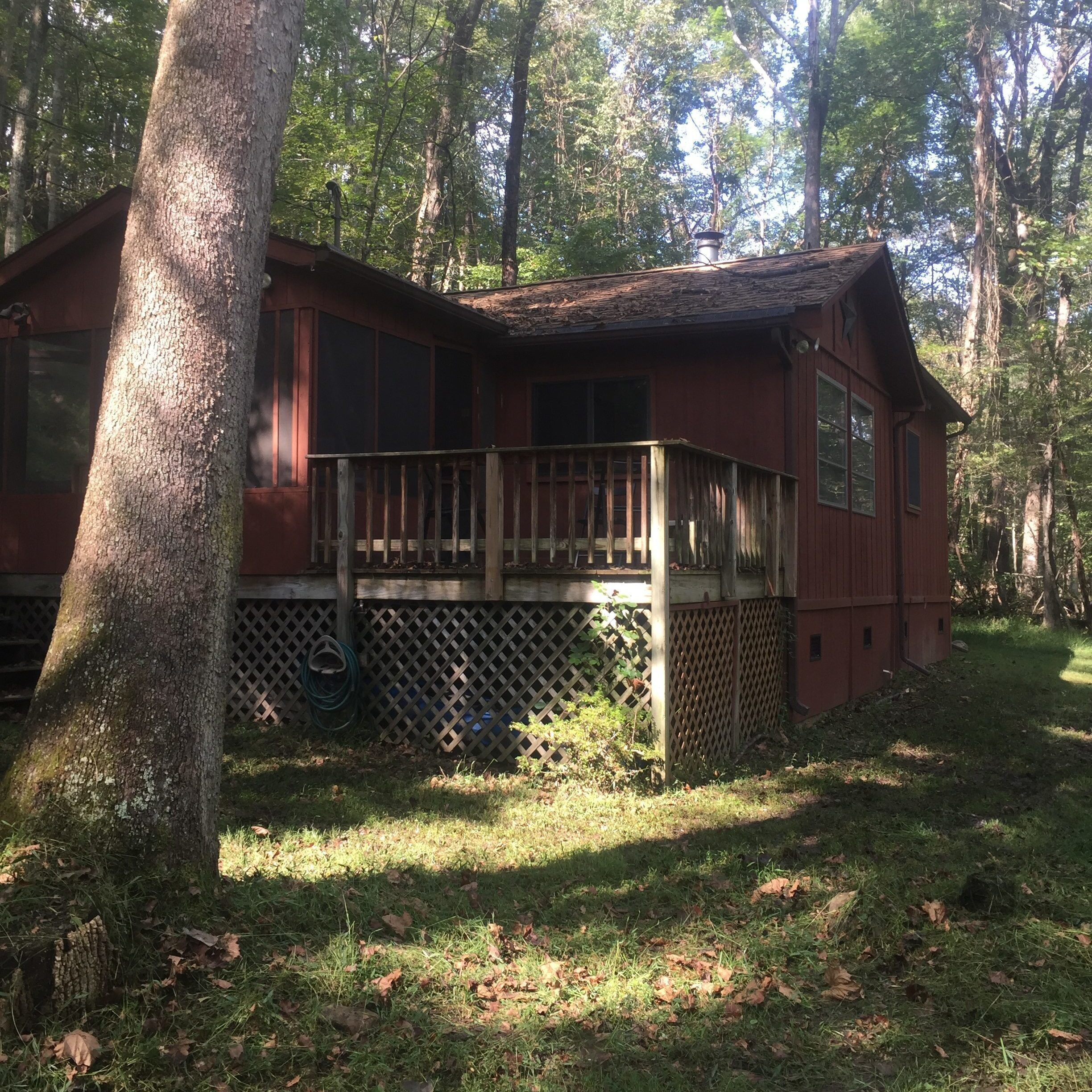 Pet and Kid Friendly, RV Hookup available, Privacy and Seclusion